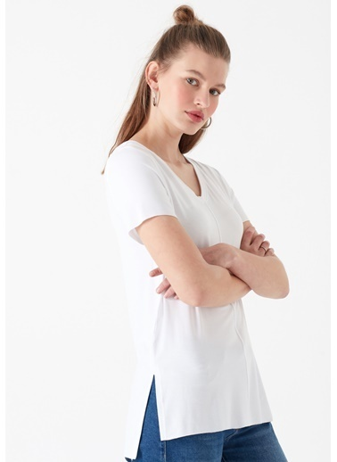 Mavi V Yaka  Basic Tişört Beyaz